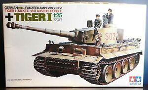 VINTAGE 1/25 Panzerkampfwagen VI German Tiger I Tank Tamiya #3311 Model Kit NIB