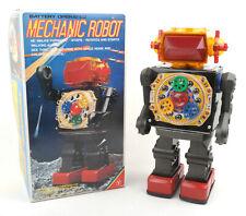 Yonezawa (Y) Japan Plastic & Tin Battery Op Mechanic Robot * BOXED *