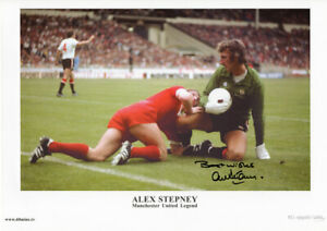 Manchester United Alex Stepney 1977 FA Charity Shield Hand Signed Print RRP £25
