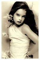 "1970's Young Girl Beautiful Brooke Shields 4""x6"" Vintage Reprint Photograph"