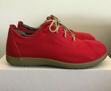 Mens Size 11 CROCS Venture Canvas Lace Up Shoes Khaki/Chili Red