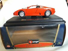 Burago bugatti EB110v 1991 1/24 boxed superbe état COD0535