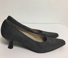 Pre Owned Salvatore Ferragamo Gray Suede Comfy Soft Woman Shoes Sz 7.5