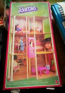 Casa di barbie - La Maison de Barbie - Tawnhouse - MATTEL