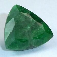 INTERESSANTER TSAVORIT AUS TANSANIA TRIANGEL 9,52 CT