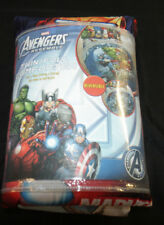 AVENGERS ASSEMBLE TWIN/FULL REVERSIBLE COMFORTER SET