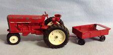 Vintage ERTL IH International Farmall #415 Tractor 1/16 Die-Cast-Collectible