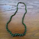collier ancien en pierres naturelles Jade