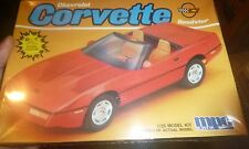 MPC 1988 CHEVY CORVETTE ROADSTER VINTAGE 1:25 FS Model Car Mountain KIT