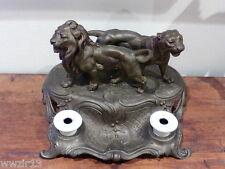 Encrier en  Régule  . Les Lions de BROSSY .