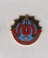 US ARMY 731st Maintenance Battalion crest DUI badge c/b clutchback S-25
