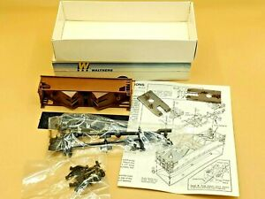 Walthers #932-2950 HO Scale 36' Twin Offset Hopper Undecorated w/ Load