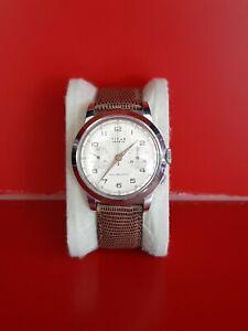 Ancienne montre homme Chronographe TITUS Suisse fonctionne 38mm