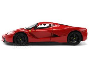 Ferrari LaFerrari (F70) 1:18 Scale - Bburago Diecast Model Car (All Red)