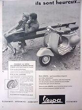 publicité  de presse SCOOTER  VESPA   en 1958  ref. 39434