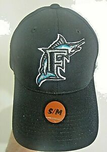 MLB Florida Marlins Youth Ball cap with Adjustable Strap Closure -Size S/M new