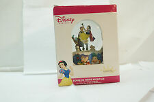 DISNEY MUSICAL SNOW GLOBE WATERBALL PRINCESS SNOW WHITE NEW IN BOX CHRISTMAS