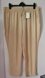 LADIES BEIGE PULL ON LEISURE TROUSERS SIZE 20