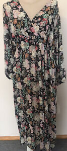 Plus Size Alice & You Dress Fit 22-24 Light Floral Chiffon