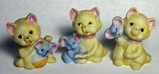 """SET of 3 VINTAGE PORCELAIN YELLOW KITTENS HOLDING LITTLE BLUE MICE 3"""" TALL"""