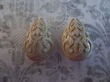 Cream & Gold Teardrop Beads Mediterranean Design German Lucite - Qty 2