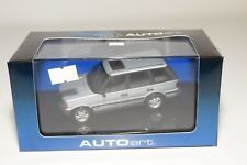 * AUTOART AUTO ART 54803 RANGE ROVER 4.6 HSE METALLIC SILVER GREY MINT BOXED