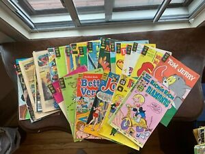 Cottage-reading comix lot! TWENTY-FIVE comics, NEW LOWER price, shipping incl