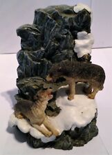 """Wolf / Wolves Figurine ,Two Wolves On Ledge, Stonecast, 5 1/2"""" High"""