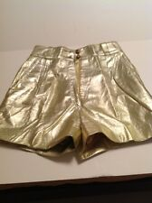 CEDARS LEATHER SHORT GOLD COLOR NEW WITHOUT TAGS SIZE 6