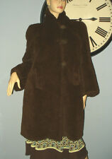 SIZE M WOMEN'S VINTAGE BROWN SHAGGY FAUX SHEEP/BEAR FUR JACKET COAT