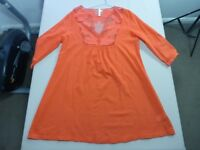 088 WOMENS NWOT SEAFOLLY RED 3/4 SLEEVE DRESS SZE LRG $110 RRP.