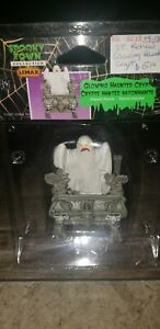 Lemax Spooky Town Glowing Haunted Crypt 72378 NIB