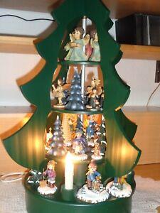 Unikat,  Weihnachtspyramide elektrisch, 50 cm, mit Hubrig Winterfiguren u.v.m.