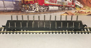 ATHEARN HO 50' Undecorated Flatbedd With Stake Kit Blue Box