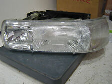 2001 Chevy 2500 Pickup Truck Left Headlight