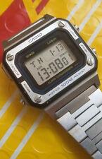 Vintage pre-owned CA SIO 548 W-770 digital watch
