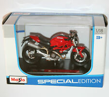 Maisto - DUCATI MONSTER 696 (Red) - Motorbike Model Scale 1:18