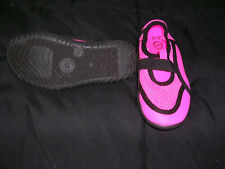 Little Girls water shoes size 9/10