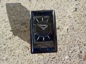 2006 CADILLAC DTS CENTER DASH CLOCK OEM