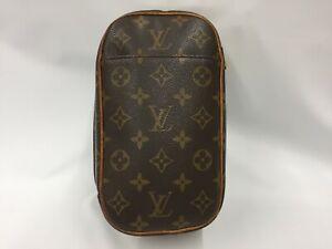 "Auth Louis Vuitton Monogram Pochette Gange Crossbody Shoulder Bag 1C170140n"""