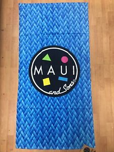 "Maui and Sons 60"" × 30"" Blue Surf Beach Towel"