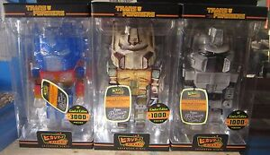 FUNKO HIKARI TRANSFORMERS OPTIMUS PRIME LE 3000 and 1000 Glitter VINYL & Gray