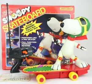 Vintage 1987 Matchbox Peanuts Snoopy RC Skateboard Toy with Remote - RARE ASIS