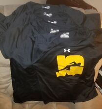 NWOT!! UNDER ARMOUR DRI FIT SHIRT!! SIZE WOMEN'S MEDIUM
