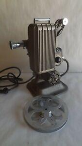 Vtg Keystone 16 MM  Movie Projector Model A-81 w/case