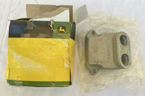 John Deere OEM NOS Adapter Fitting R520090