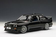 Autoart bmw e30 m3 DTM Plain body versión Black 1:18 89247