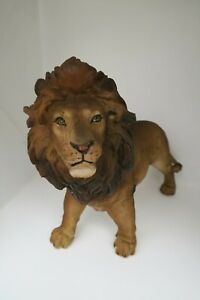 Lion Standing Cub African Animal Statue Garden Ornament Home Decor 24cm