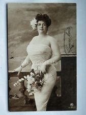 Donna sposa busty lady sexy dress old postcard AK vecchia cartolina