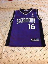 VTG Reebok NBA Sacramento Kings Peja Stojakovic Boy's Small Basketball Jersey